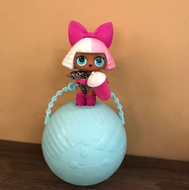 Lol Surprise Doll Series 1 Colour Changing Diva Toys Games Bricks Figurines On Carousell
