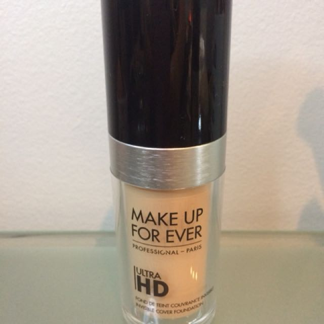 Makeup For Ever Ultra HD Foundation (Y215)