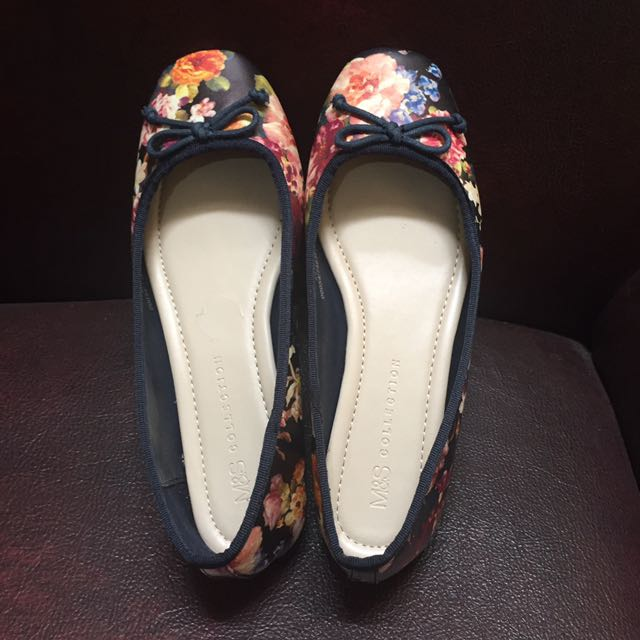 Marks and Spencer flat shoes