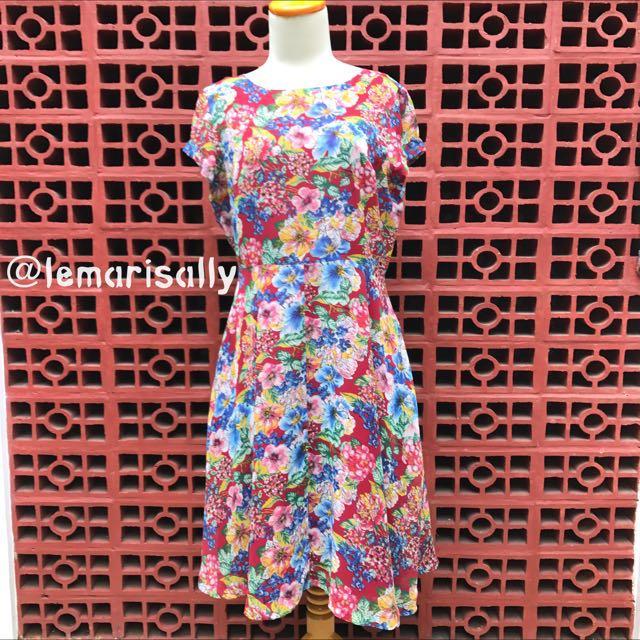 MINIMAL Floral Dress / Dress Bunga-bunga Merah