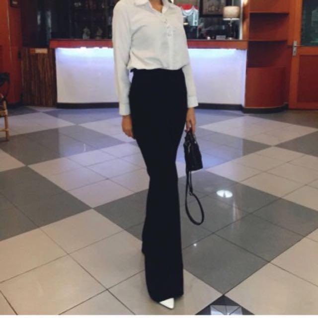 New celana flare hitam