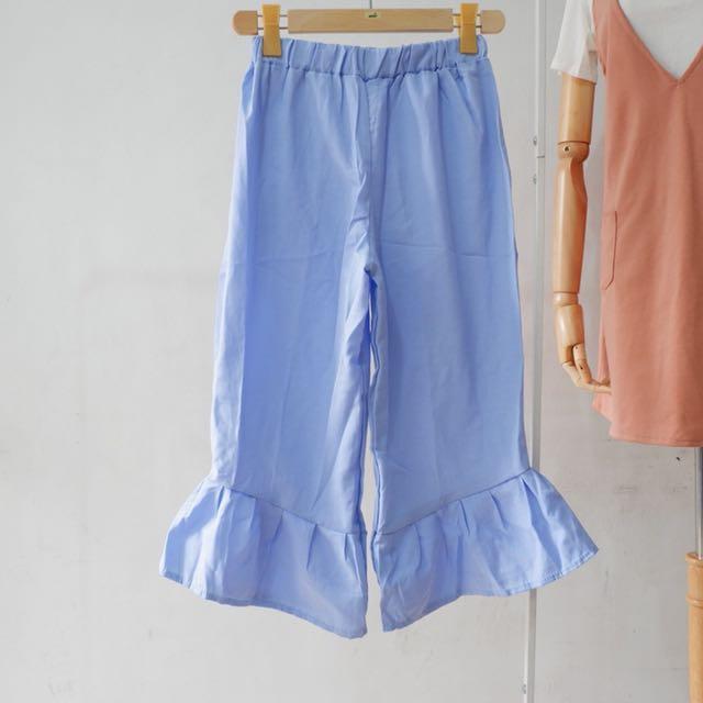 Pants flare