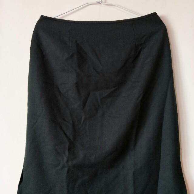 """全新reen 毛料長裙30""""腰,64公分長,有內裡及兩邊開叉"""