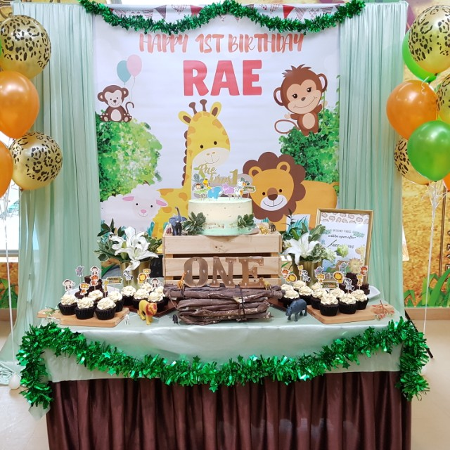 Safari Theme Dessert Table Set Up Home Services Others On Carousell