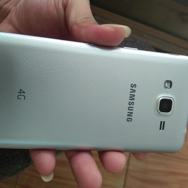 Samsung J2 Prime Telepon Seluler Tablet Ponsel Android Di Carousell