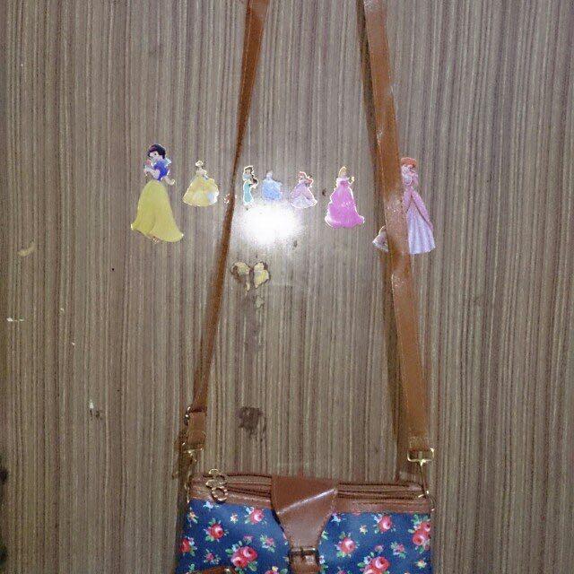 Tas sling bag