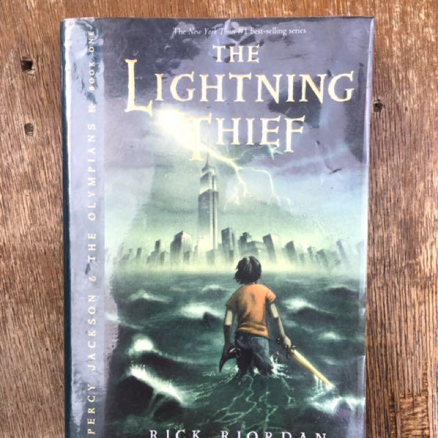 The Lightning Thief (Percy Jackson Series) by Rick Riordan