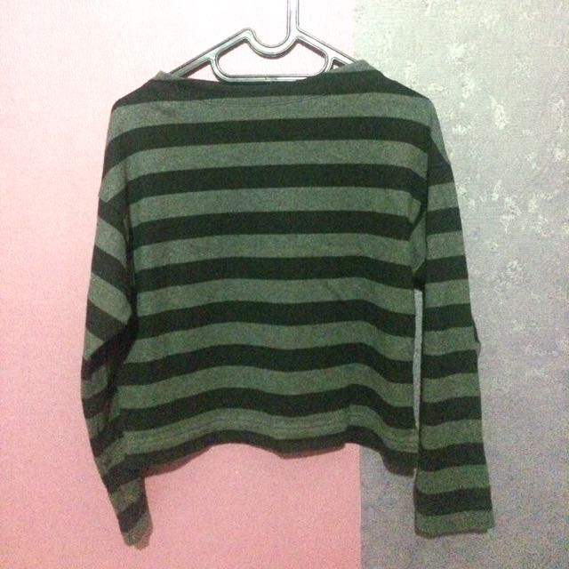 Uniqlo Shirt/Sweater