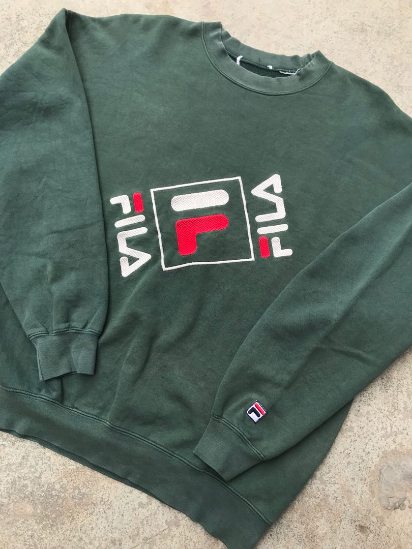 c1d6f4da044 Vintage 90's FILA Sweatshirt, Men's Fashion, Clothes, Tops on Carousell