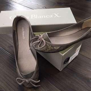 Costa Blanca x Flat Shoes -size 35