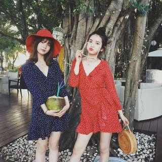 ALICE SELECT 法式復古 沙灘 度假 旅行 星星 V領荷葉邊交叉 紅色洋裝