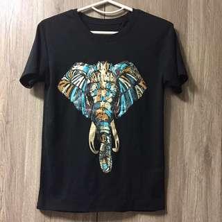 🚚 大象圖騰民俗風上衣T恤