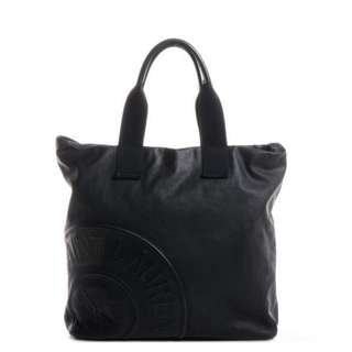 YSL YVES SAINT LAURENT Coated Canvas Leather Patch Logo Tote Black 皮 單肩 手挽 黑 帆布