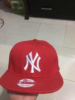 NEW ERA NEW YORK RED 9FIFTT SNAPBACK