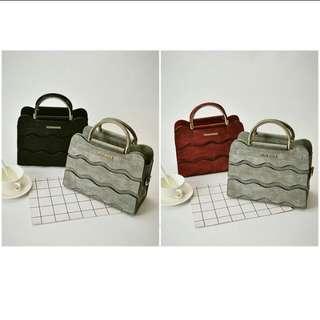 (PO)  Ladies Stylish Handbag