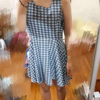藍色格子洋裝