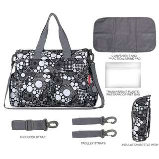 ❤On-hand: Baby Diaper Bag / Mommy Nursing Shoulder Bag (Dots Black & White)