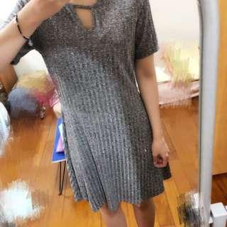 H&M灰色羅紋洋裝