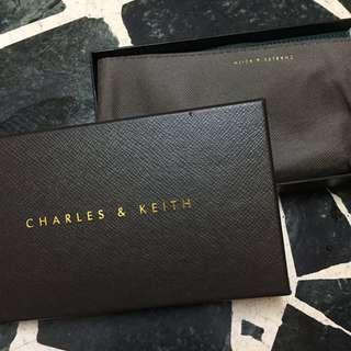(小CK)CHARLES & KEITH綠色皮夾全新