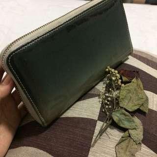 Long wallet elegant classy black