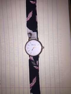 復古懷舊碎花系帶型手錶