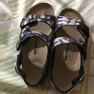 Dr Kong Total Contact sandals