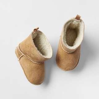 Baby Gap Sherpa Booties