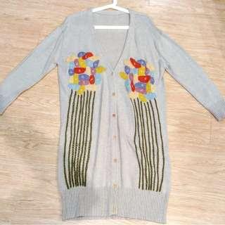 l'atelier du savon日本原單刺繡花朵重工製作針織外套(全新)