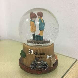 Snow Globe Couple