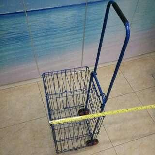 Foldable shopping trolley 摺疊購物手拉車