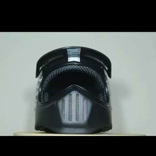 Helmet cakil black steve the legend