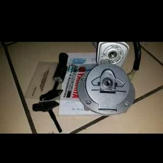 R15 original key set ignition lock
