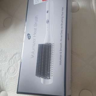 T3 Volumizing heat brush * new*