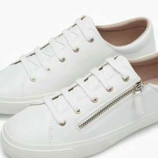 Stradivarius plimsolls with side zipper