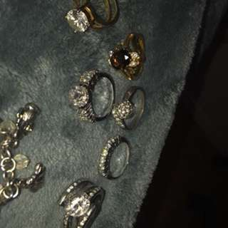 Authentic rings (real and won't turn your finger green)