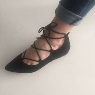 REAL SUEDE Nine West Ballerina Style Flats (size 9.5)