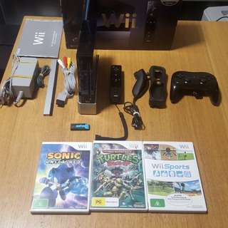 Nintendo Wii With Softmod Lots Of Games Loaded