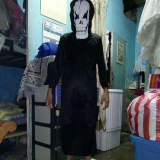 Halloween costume 10-12 yrs old