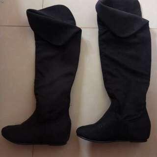 Jual sepatu boots bahan suede size 36