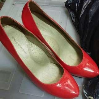 Red Stiletto