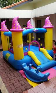 Bouncy castle for birthday parties showers