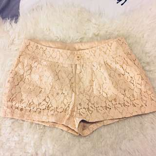 Lace shorts - Vera Moda Size 34 EUR (size 25)