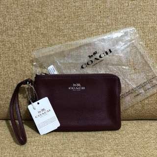 *New* Coach Wristlet - Crossgrain leather in Burgundy #Huat50Sale