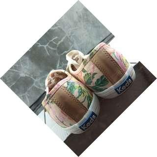 sepatu preloved by keds