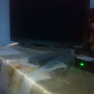 Skyworth tv 24 inch with tv pluss