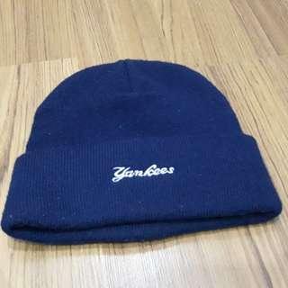 New York Yankees headgear beret cap