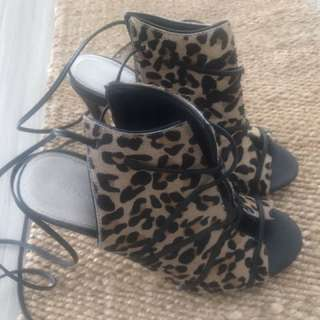 Witchery Leopard Heels 37