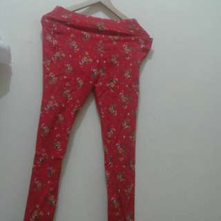 Celana merah bunga (bahan karet, ukuran L)