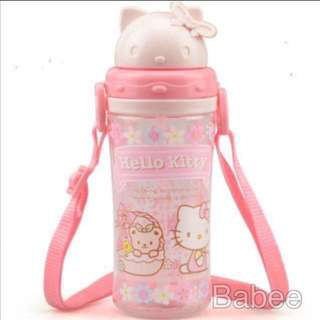 (Free mail) Hello Kitty Water Bottle 450ml