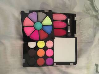 All in one Package Make up